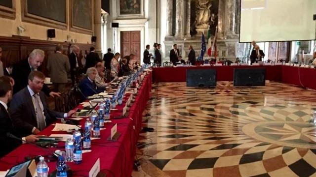 Венецианская комиссия примет решение по законопроекту об олигархах в декабре