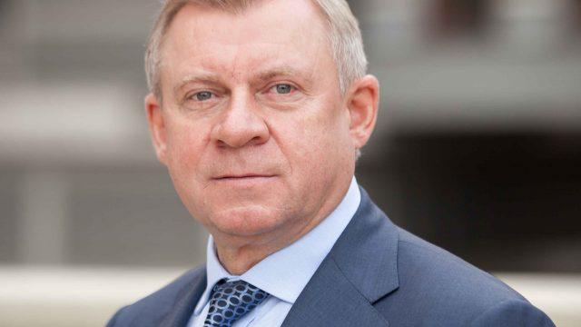 Комитет ВР поддержал отставку Смолия