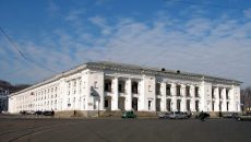 Государству вернули Гостиный двор в Киеве