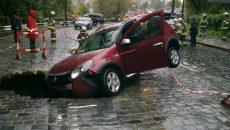 Австрийцев могут допустить к ремонту дорог в Киеве