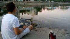 Студент из Кропивницкого создал робота, который чистит реки от мусора