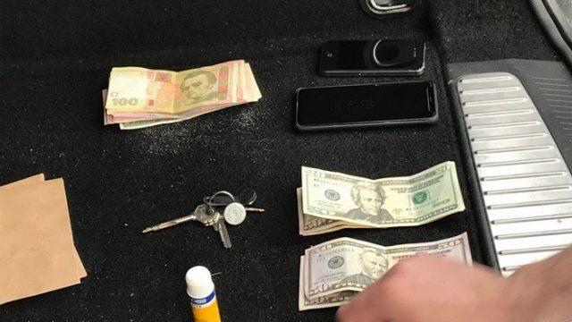 СБУ поймала на взятке таможенника