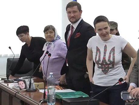 Савченко оставили под стражей
