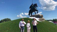 Кличко открыл памятник Муромцу