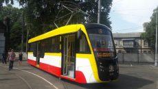 В Одессе представили новый трамвай