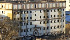Украинские консулы пытаются добиться к перевезенным в Москву военнопленным морякам