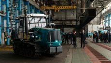 Европейским дипломатам показали возрожденный группой DCH Ярославского Харьковский тракторный завод