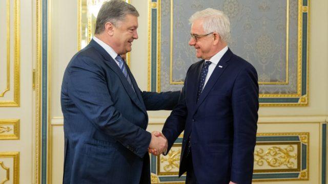 Порошенко встретился с главой МИД Польши
