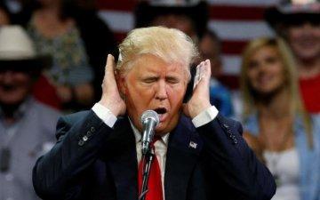 Трамп пообещал Зеленскому помогать против российской агрессии