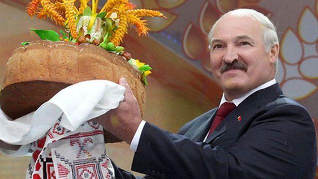 Лукашенко призвал РФ не обвинять его страну внахлебничестве
