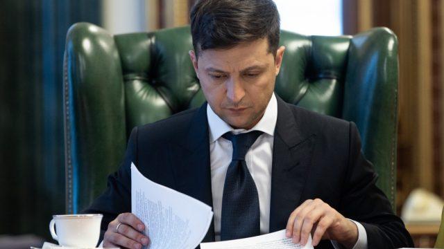 Зеленский подписал закон о безопасности и качестве донорской крови