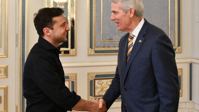 Зеленский встретился с сенатором США Портманом