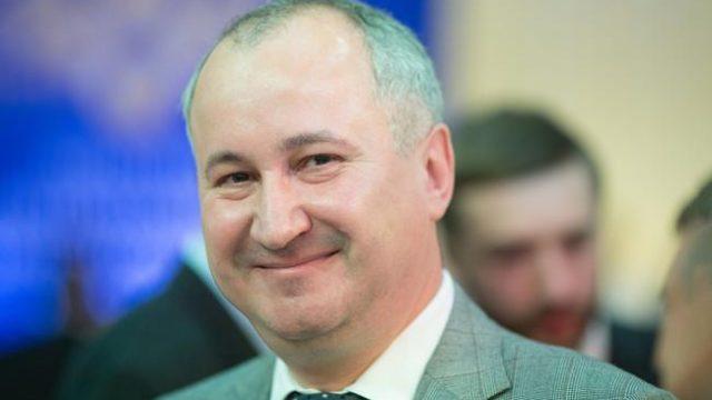 Порошенко присвоил главе СБУ Героя Украины