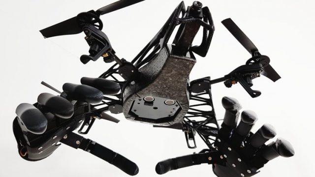 Стартап Youbionics представил дрон с двумя бионическими руками