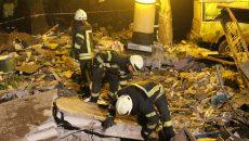 Спасатели начали разбирать завалы на месте взрыва в Киеве