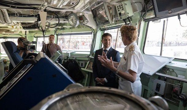 Зеленский посетил корабли НАТО