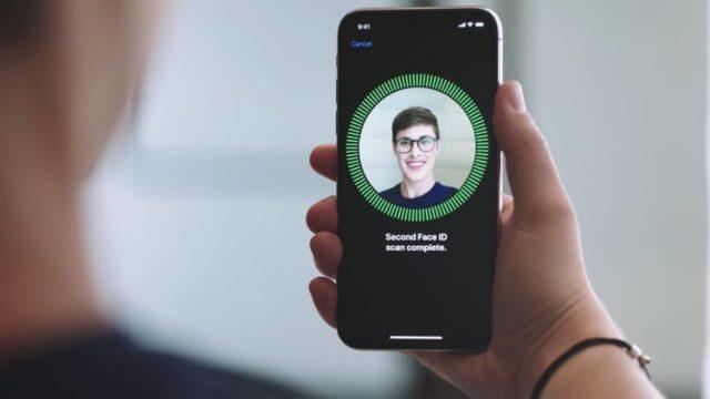 Хакеры взломали FaceID iPhone