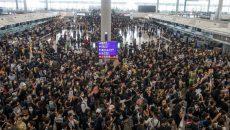 В аэропорту Гонконга возобновилась акция протеста