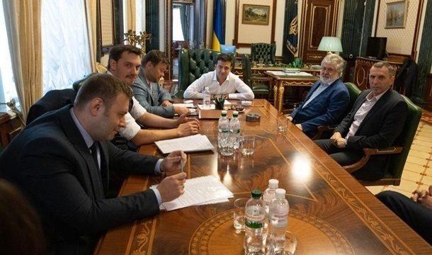 Гончарук ищет компромисс с Коломойским по ПриватБанку