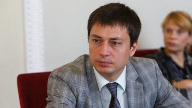От НКРЭКУ добивались снижения price caps, чтобы электроэнергия стала дешевле для Коломойского, - Трохимец