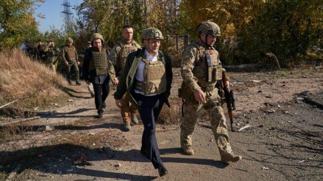 Зеленский побывал на передовой в зоне проведения ООС