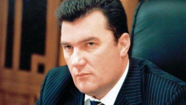 Решение о прекращении вещания санкционных каналов нельзя отменить, - СНБО