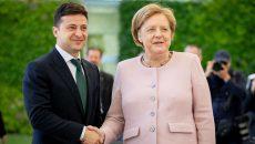 Зеленский обсудил с Меркель Донбасс