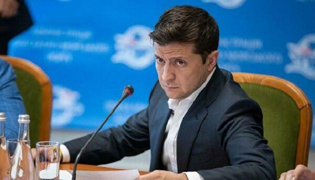 Вопрос продажи земли иностранцам будет решаться на референдуме, - Зеленский