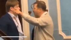 СМИ: Ты предатель, ты пустил в Украину россиян – Ляшко избил Геруса (ВИДЕО)