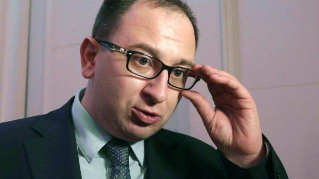 Россия возвращает Украине буксир и катера, - Полозов