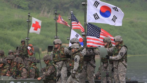 Главы минобороны Южной Кореи и США обсудят совместную оборонную позицию