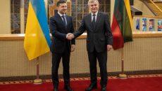 Президент Украины провел встречу со спикером литовского парламента