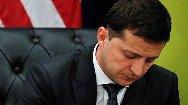 Рейтинг Зеленского обвалился до 50%