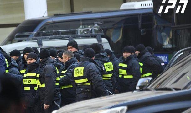 В Тбилиси разогнали протестующих