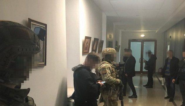 В Одесском аэропорту прошли обыски