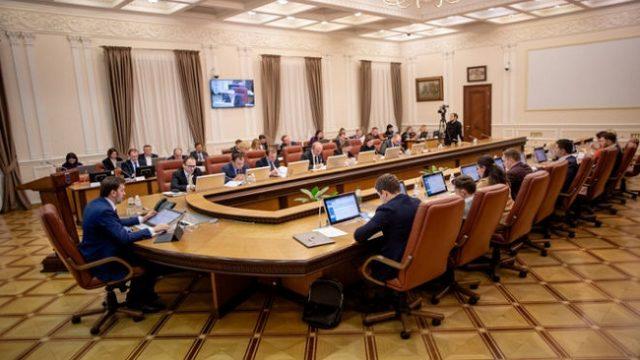 Кабмин одобрил законопроект, позволяющий повысить прожиточный минимум