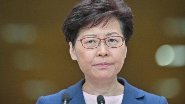 Глава администрации Гонконга не исключает перестановок в городском правительстве