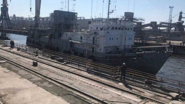 Судостроители Николаева просят Зеленского остановить атаки на завод «Океан»