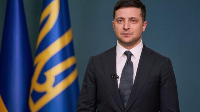 Зеленский обратился к украинцам