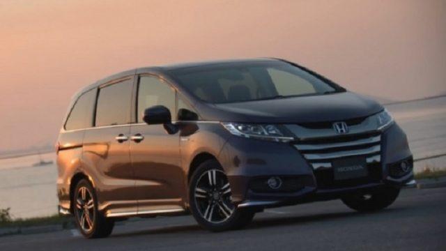 Honda отзывает более 240 тысяч минивэнов