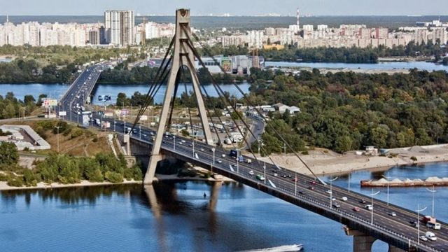 На Северном мосту в Киеве частично ограничат движение транспорта, – КГГА