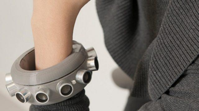 В США создали браслет, который может глушить прослушку