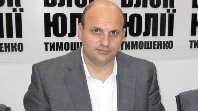 ВАКС отстранил главу Черновицкого облсовета Мунтяна от должности