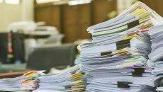 Дубилет рассказал, от каких бумажных документов правительство не будет отказываться