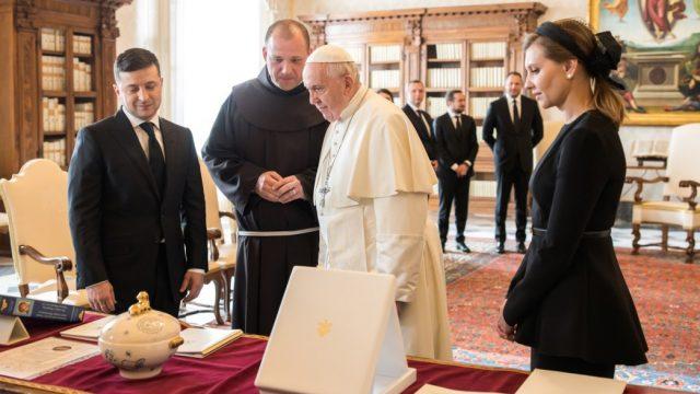 Зеленский встретился с Папой Франциском