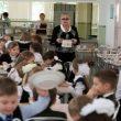 В Николаеве в учебные заведения поставляли опасные продукты