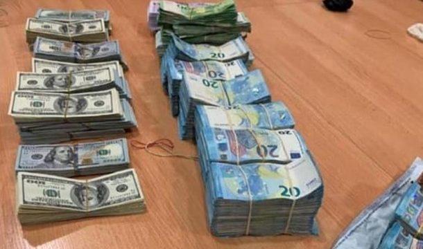 В Украине зафиксирована рекордная контрабанда валюты