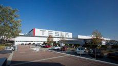 Tesla запускает производство аппаратов искусственной вентиляции легких