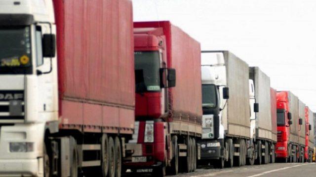 Украина и Турция договорились о пересечении границы для грузовиков