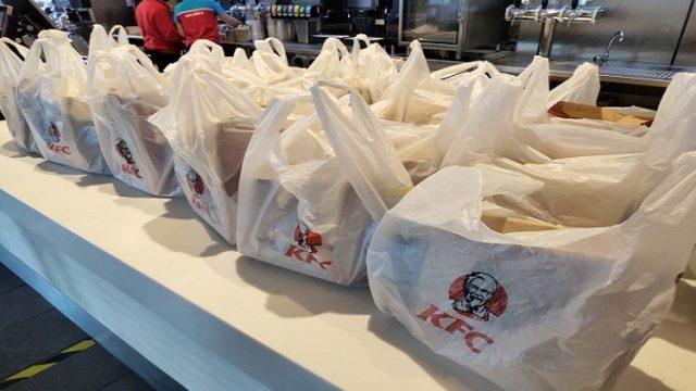KFC обеспечит медиков бесплатными обедами